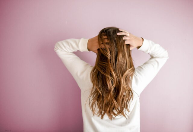 Hair before dress or dress before hair?